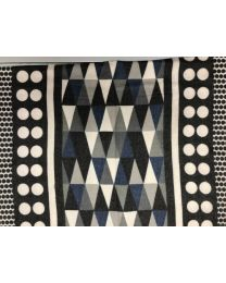 SCARF WITH TRIANGLE COLORS - BLACK